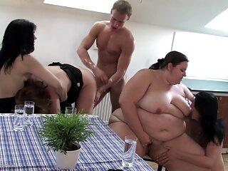بالغ به دختر ناتنی یاد می دهد که فیلم های جدید سکسی لیس بزند و لرزش کند