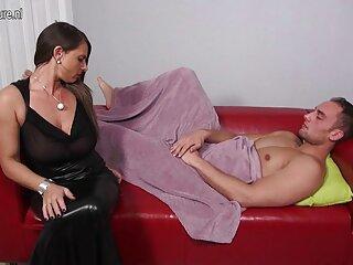 مینای خنک با لباس روسپی روسی اجرا شد فیلم های سینمایی سکسی جدید