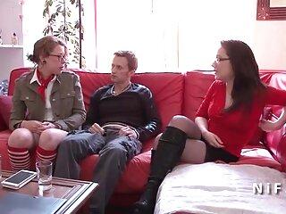 سبزه پلاستیکی با جوراب دانلود فیلم های سکسی جدید ساق بلند گربه خود را نشان می دهد