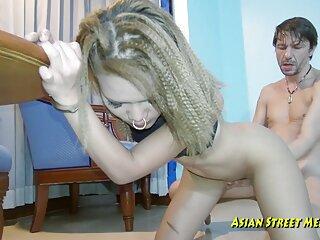همسر سکسی دانلود فیلم های سکسی جدید توسط دوست شوهر گول می خورد در حالی که او در راهرو می خوابد