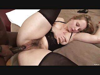 غلام نقاب دار پاهای کلیپ های جدید سکسی باریک معشوقه را لیس زد