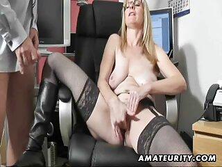 18yo دختر خیس در حالی که سکس های جدید خارجی جوراب ساق بلند است لعنتی می شود